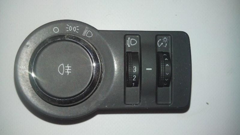 Переключатель света фар Chevrolet Cruze XUFJA696JB3 F16D3 2009