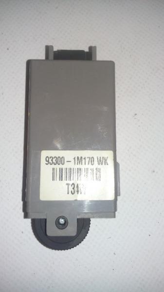 Кнопка освещения панели приборов Kia Forte 2009