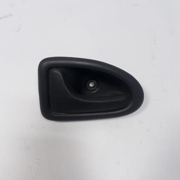 Ручка двери внутренняя Renault Symbol СЕДАН K7J 1998 левая