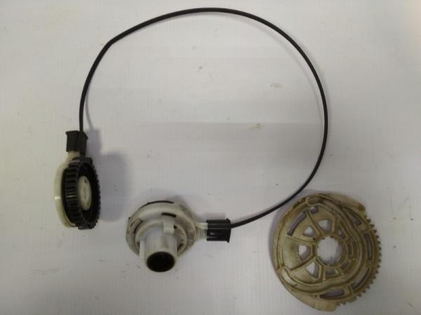 Тросик заслонки вентиляции салона Chevrolet Cobalt СЕДАН B15D2 2011 правый