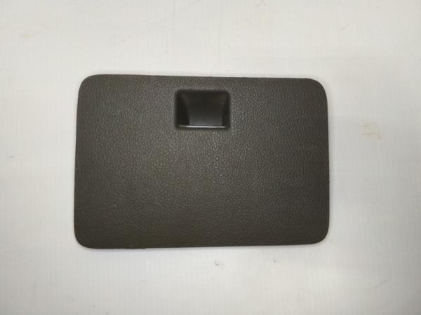 Крышка блока предохранителей салонного Chevrolet Cobalt СЕДАН B15D2 2011
