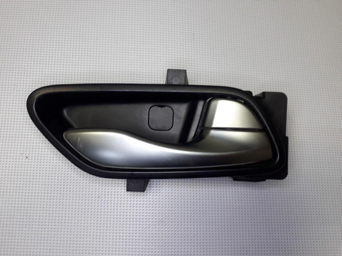 Ручка двери внутренняя Kia Rio X-Line КРОСС-ХЭТЧБЕК G4FG 2017 задняя правая