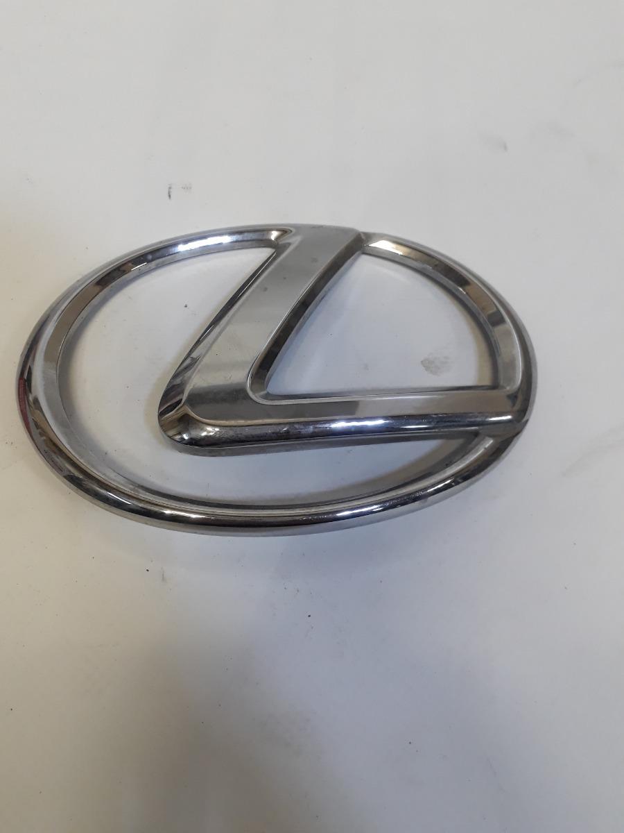 Эмблема Lexus задняя