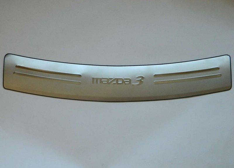 Накладка заднего бампера Mazda Axela BK5P задняя