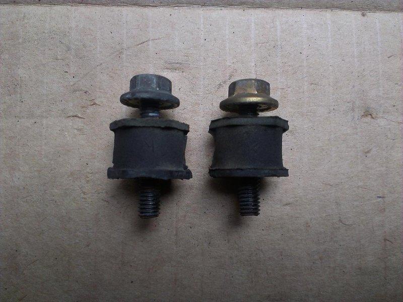 Крепление радиатора кондиционера Mazda Familia DY3R