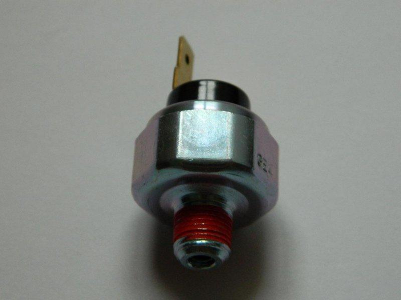 Датчик давления масла Mazda Az-Offroad JM23W FP