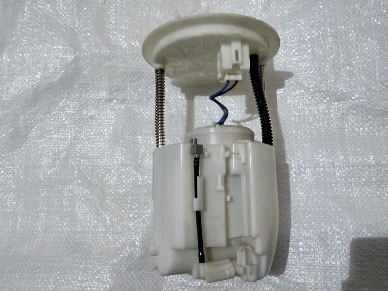 Топливный насос Mitsubishi Galant Fortis CY4A