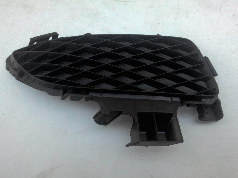 Заглушка противотуманной фары Mazda Axela BK3P правая