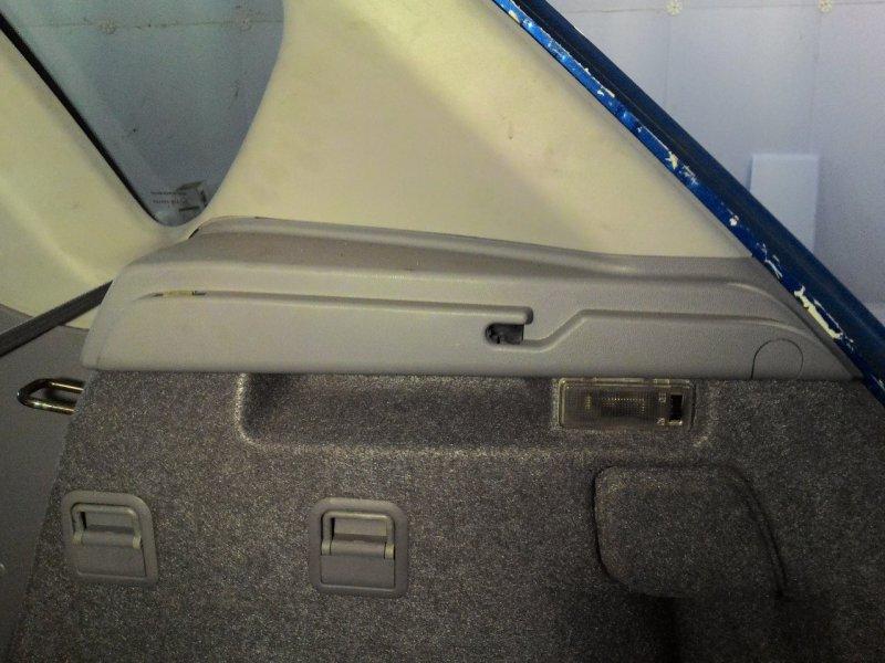 Накладка багажника Mazda Axela BK3P правая верхняя