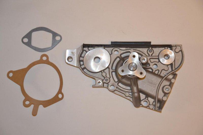 Насос системы охлаждения Mazda Familia VENY10 ZLDE
