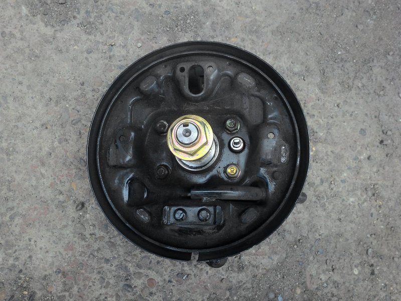 Ступица Mazda Familia BJEP задняя