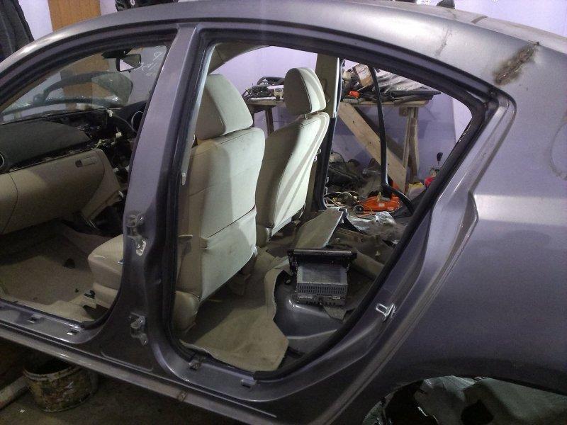Уплотнитель проема двери Mazda Axela BK3P задний левый
