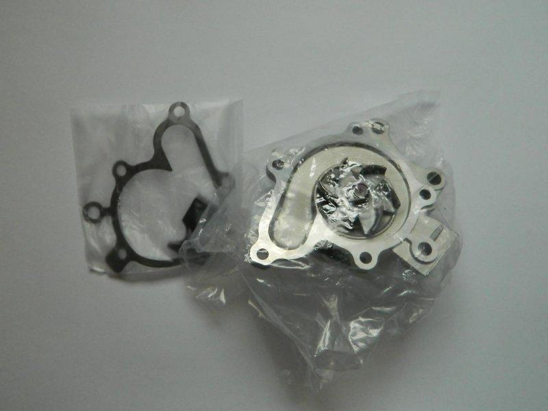 Насос системы охлаждения Mazda Autozam Clef GE5PA FP