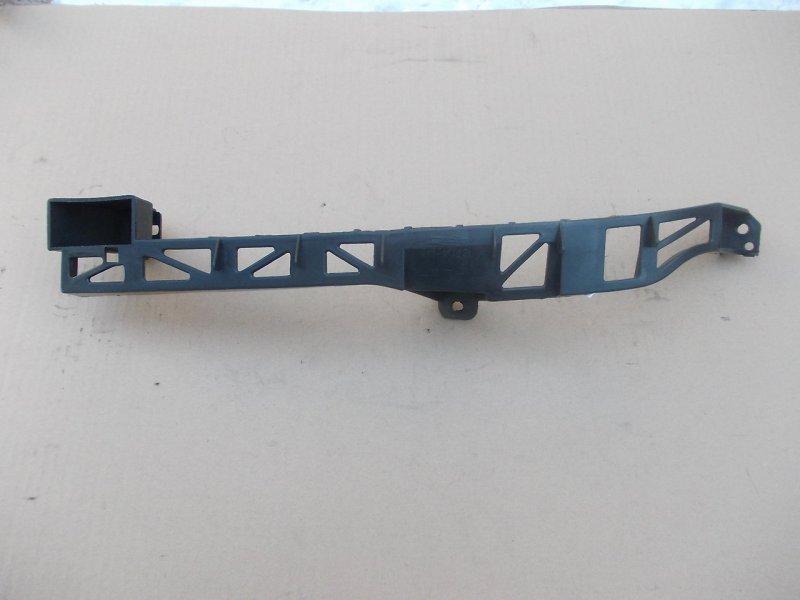 Кронштейн бампера Mazda Axela BK3P левый