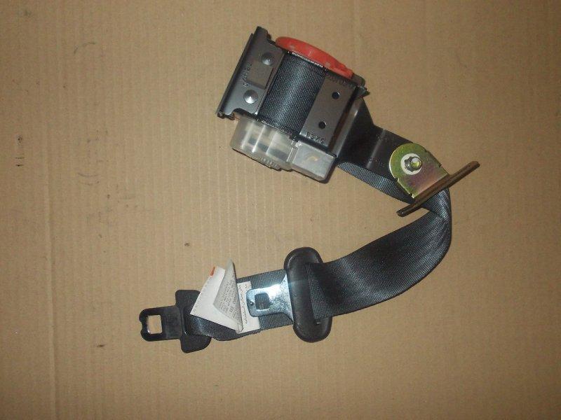 Ремень безопасности Subaru Forester SG5 EJ203 задний