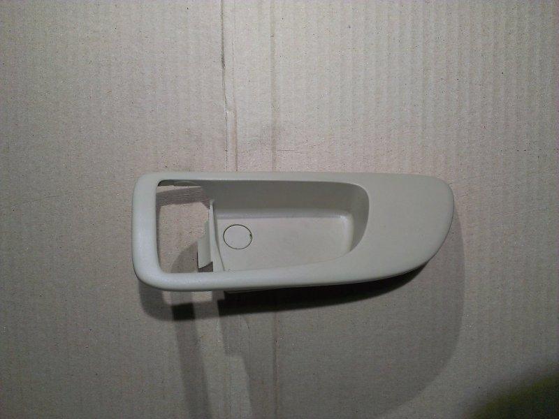 Накладка ручки внутренней Mazda Axela BK3P левая