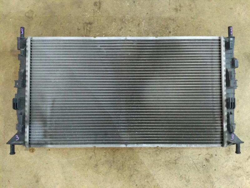 Радиатор охлаждения двигателя Mazda Axela BK 2003