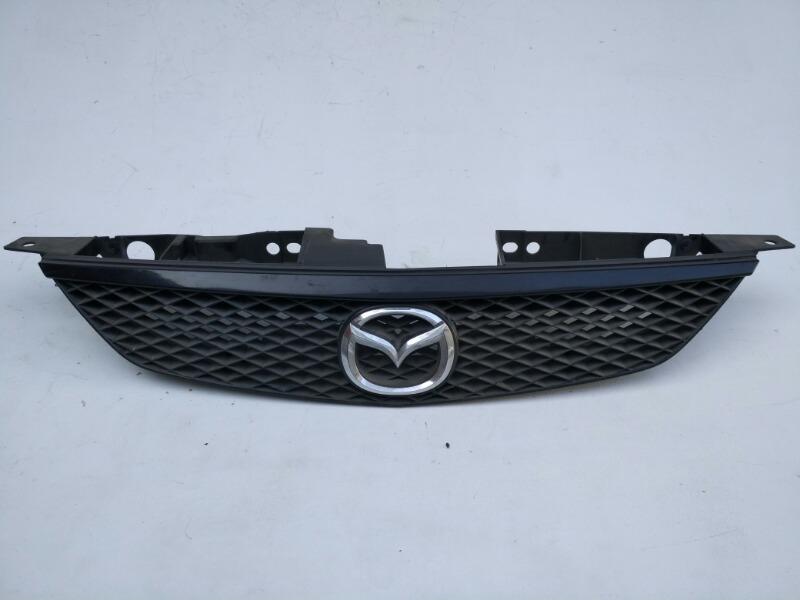 Решетка радиатора Mazda 323 BJ