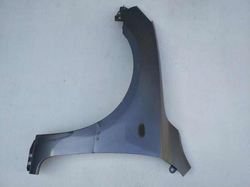 Крыло Mazda Axela BK3P переднее левое