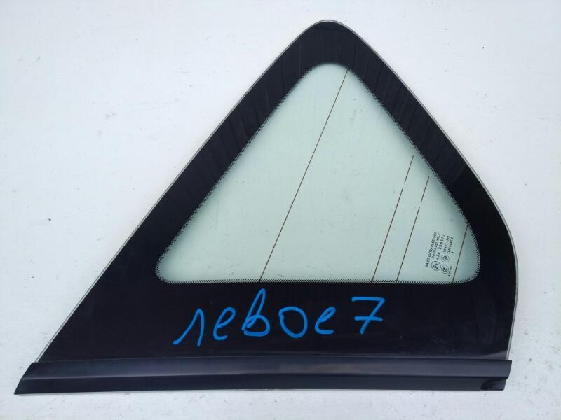 Стекло багажника Mazda Axela BK3P левое
