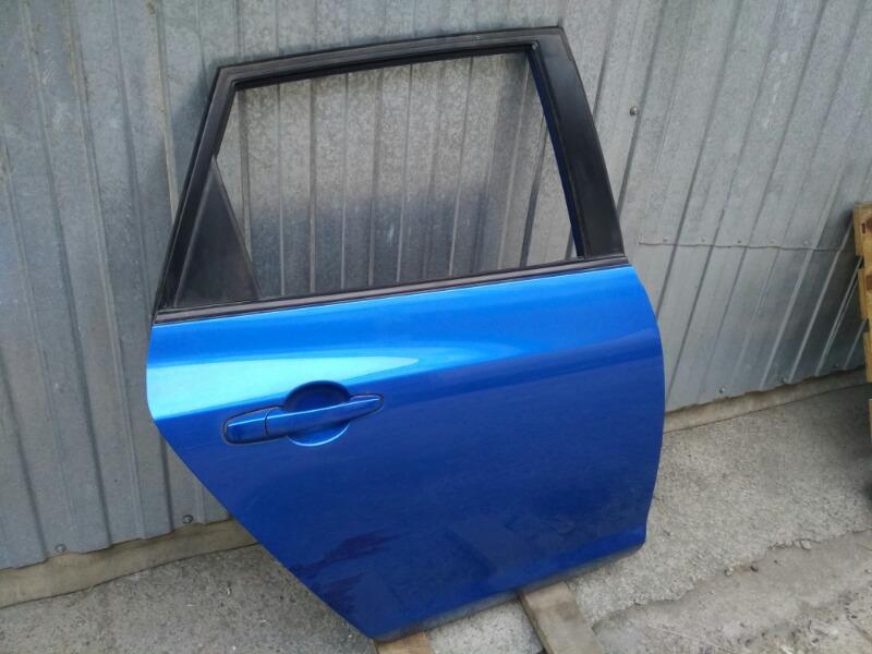 Дверь Mazda Axela BK задняя правая