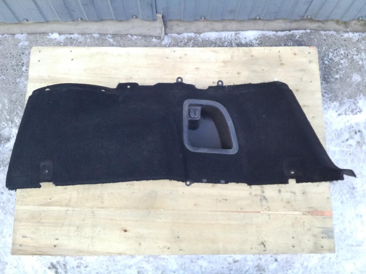 Обшивка багажника Subaru Forester SG5 правая