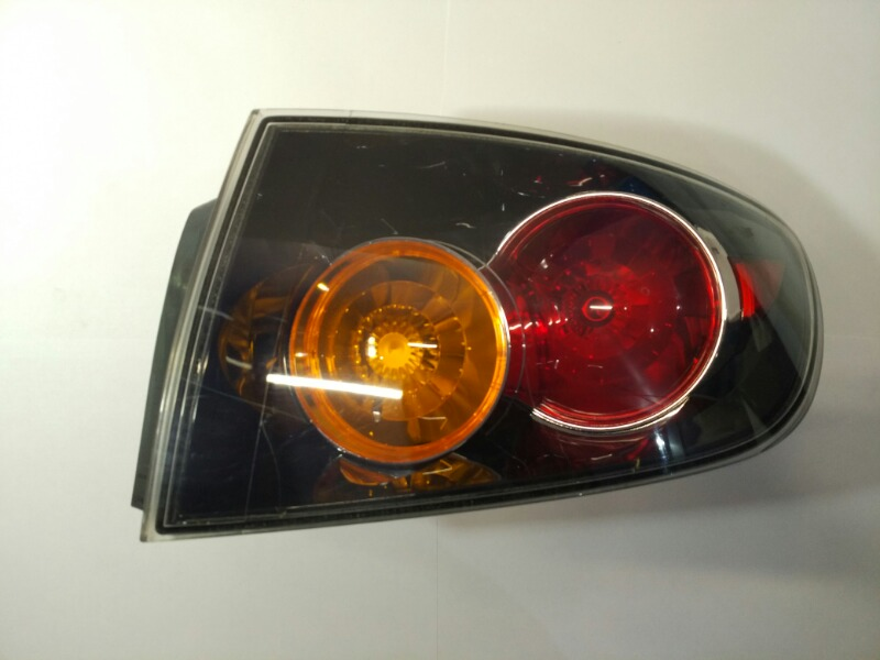 Стоп-сигнал Mazda Axela BK 2006 правый