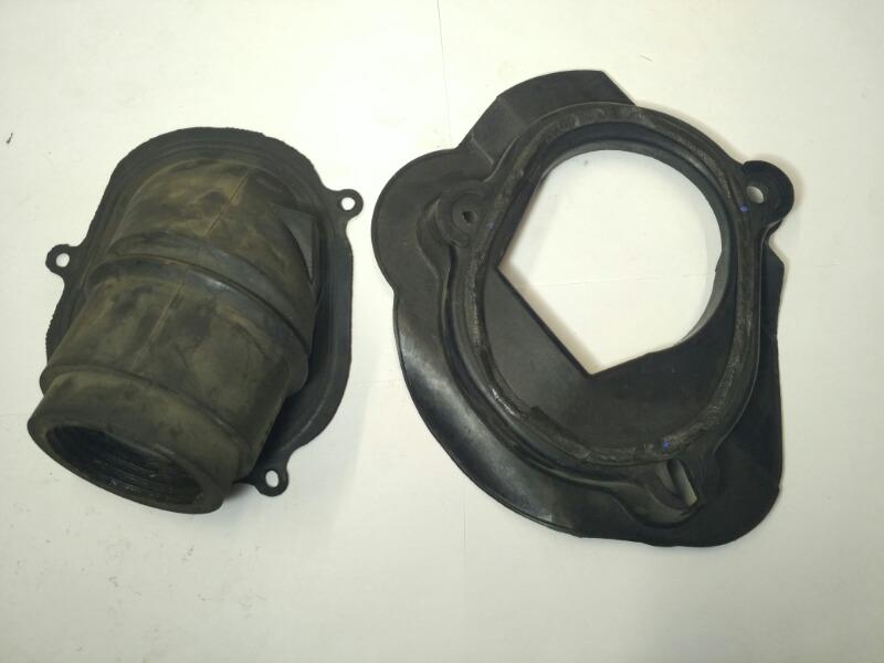 Пыльник рулевой колонки Mazda Familia BJ