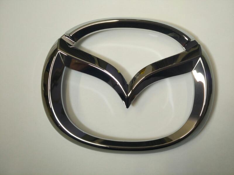 Эмблема решетки радиатора Mazda Cx-5 KE5AW