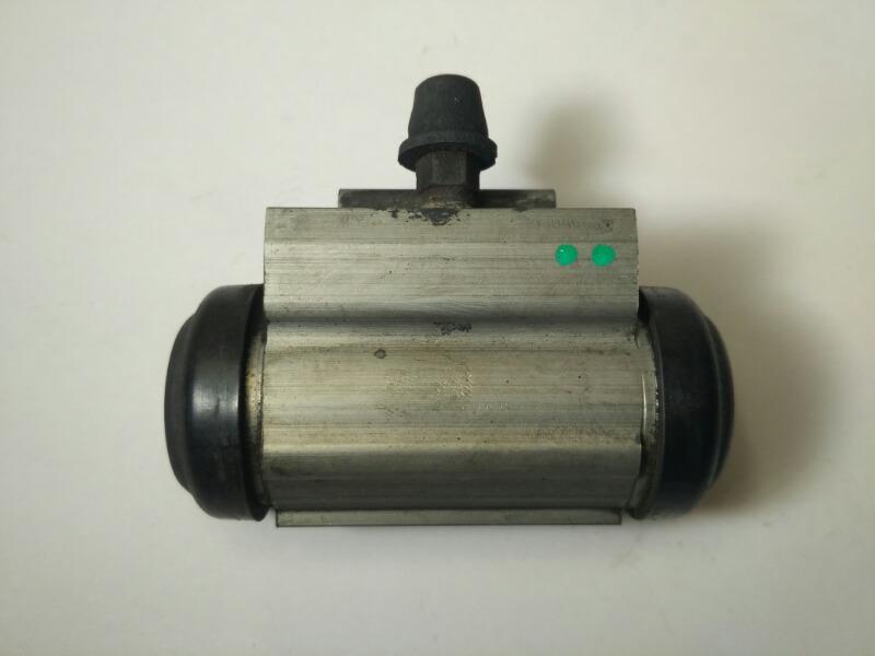 Рабочий тормозной цилиндр Mazda Axela BK3P