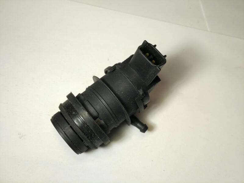 Моторчик омывателя Mazda Axela BK3P
