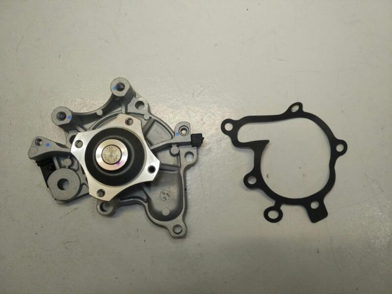 Насос системы охлаждения Mazda Autozam Clef CP FS