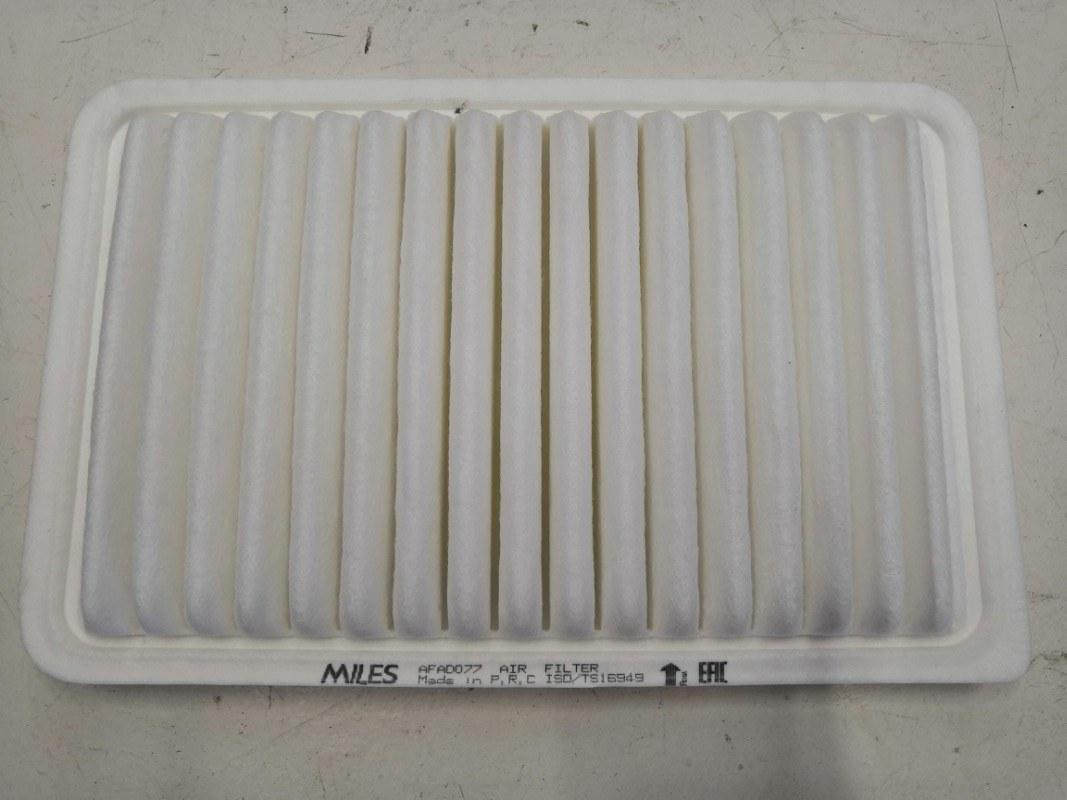 Фильтр воздушный Mazda Axela BK5P ZY