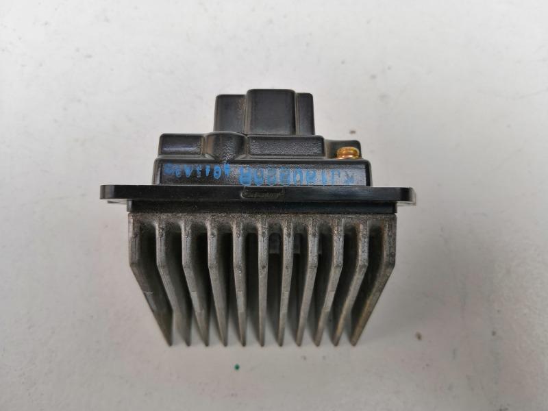 Резистор отопителя Mazda 323 BJ