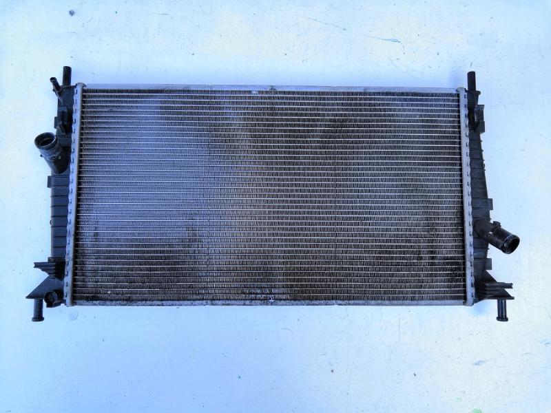Радиатор охлаждения двигателя Mazda Axela BK ZJ 2003