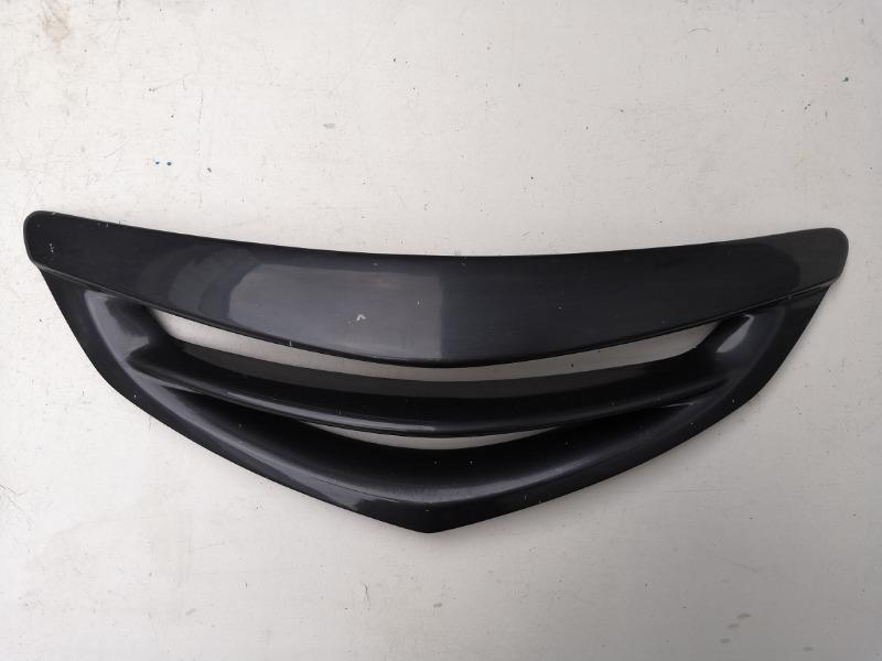 Решетка радиатора Mazda Axela BK 2007