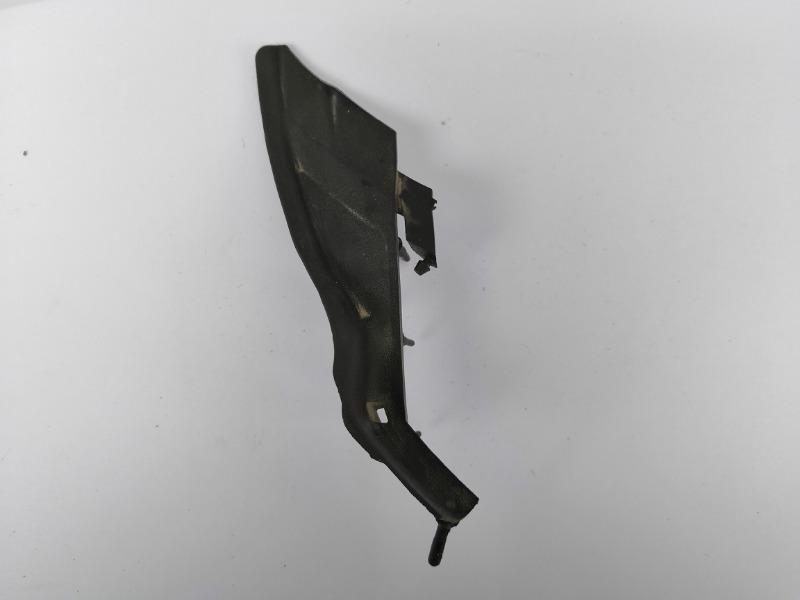 Уголок жабо Mazda Axela BK3P правый