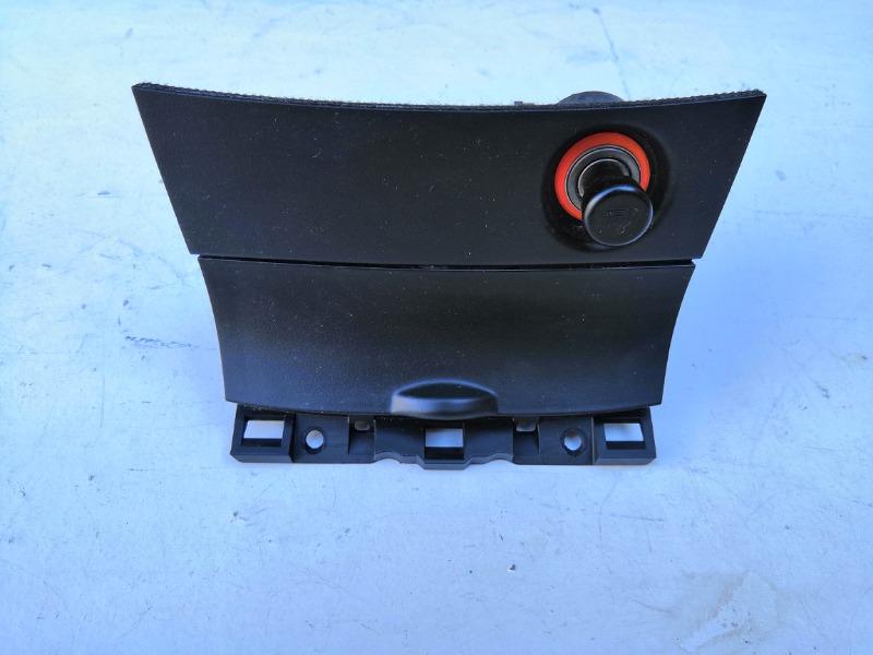 Прикуриватель Mazda Axela BK3P