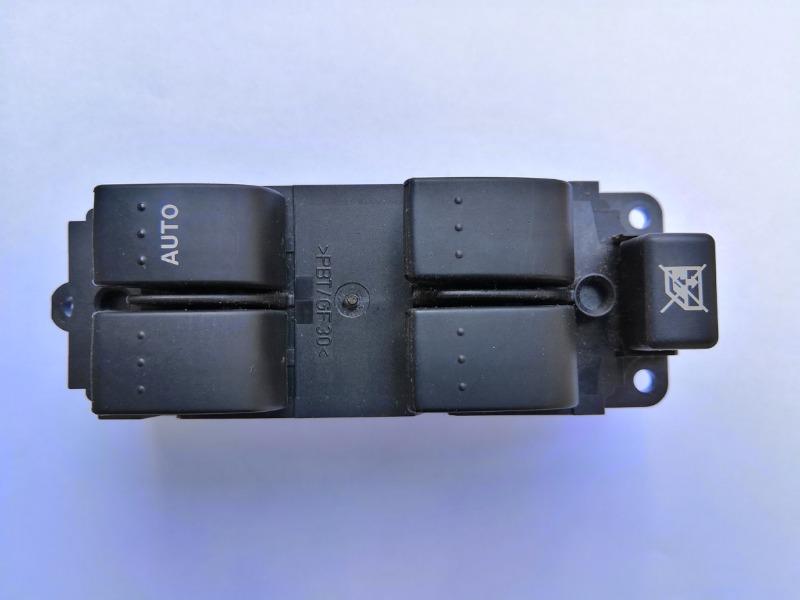Блок управления стеклоподъемниками Mazda Axela BK3P 2003 передний правый