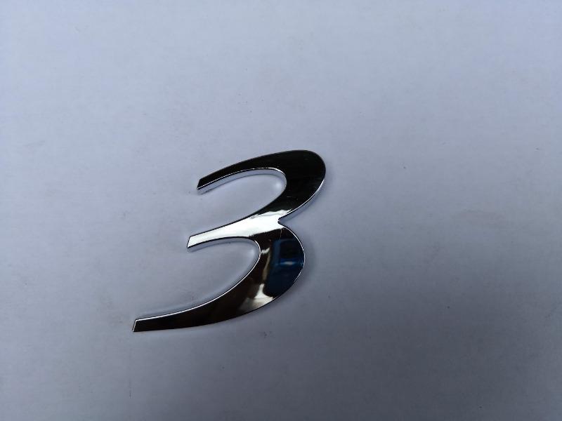 Эмблема багажника Mazda Mazda3 BK