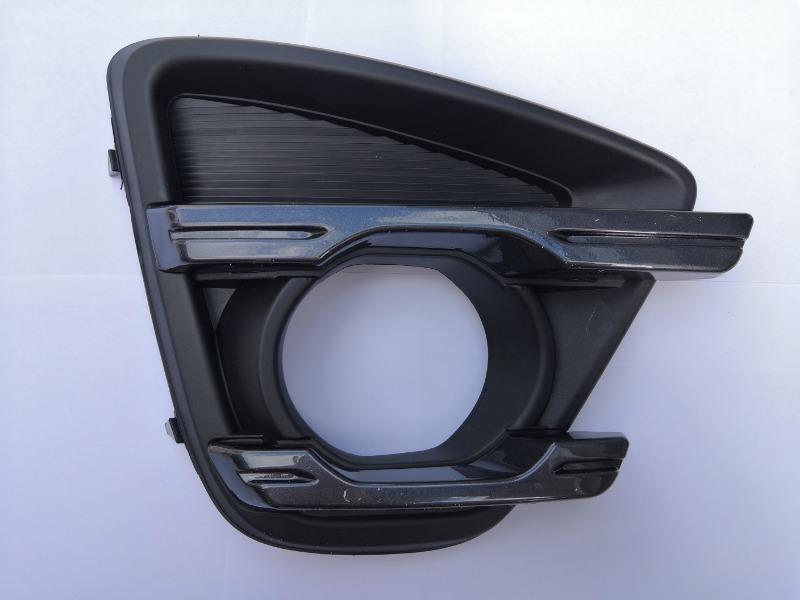 Оправа туманки Mazda Cx-5 KE правая