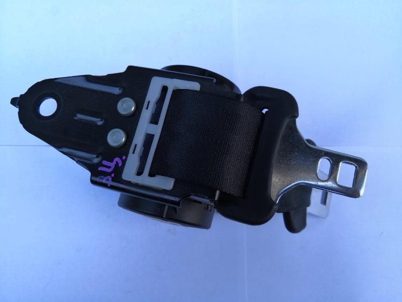 Ремень безопасности Mazda Axela BK3P задний