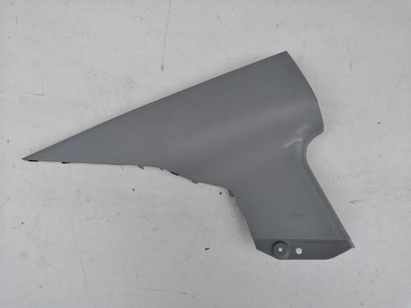 Накладка задней стойки Mazda Axela BK3P задняя левая