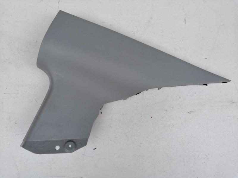 Накладка задней стойки Mazda Axela BK3P задняя правая