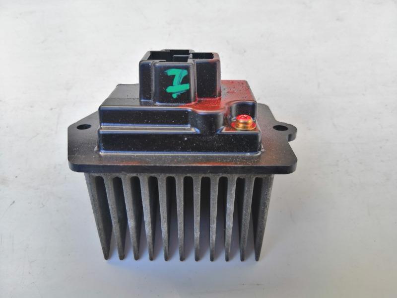 Резистор отопителя Mazda 323 BJ 1998