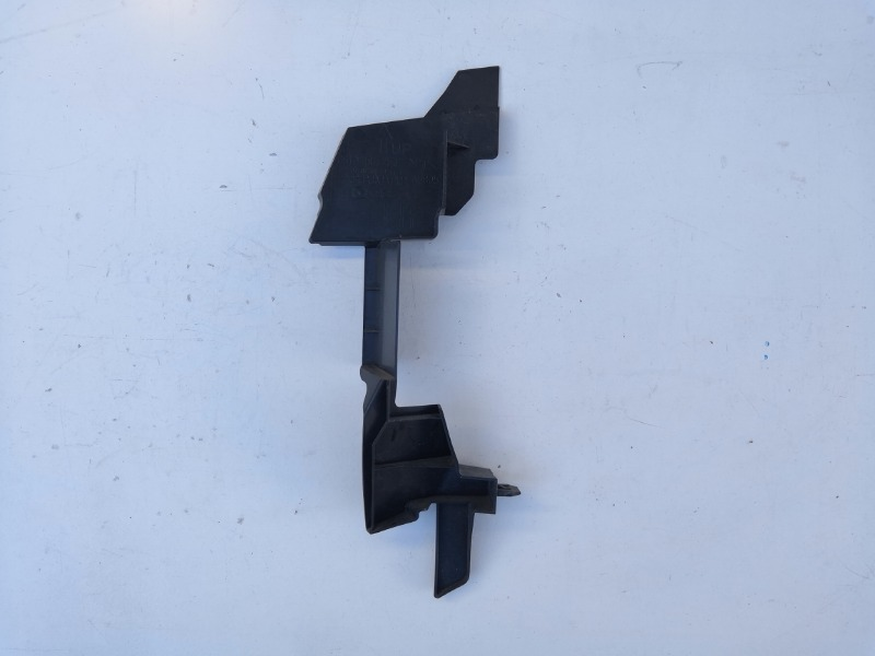 Дефлектор радиатора Mazda Atenza GH 2008 левый