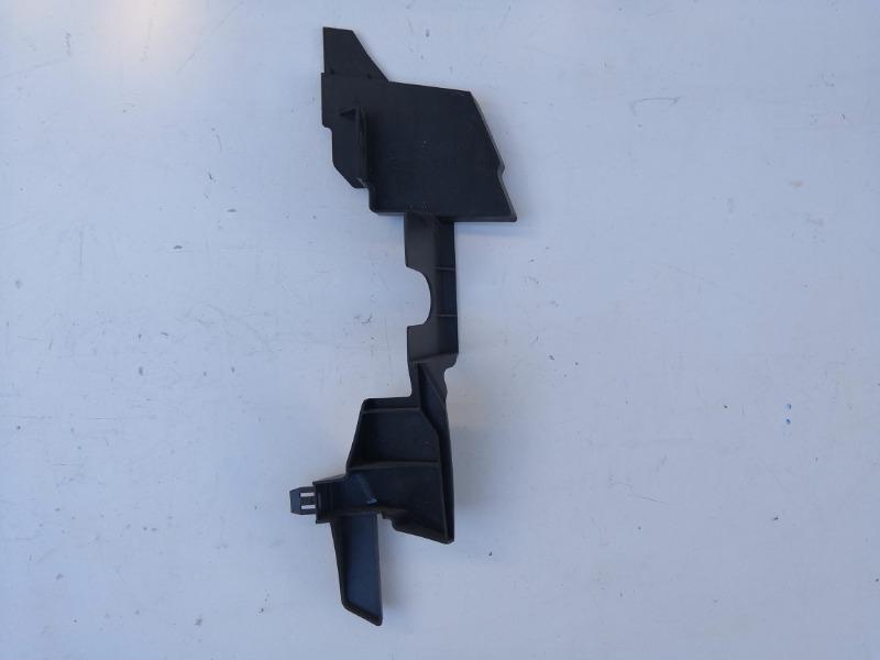 Дефлектор радиатора Mazda Atenza GH 2008 правый