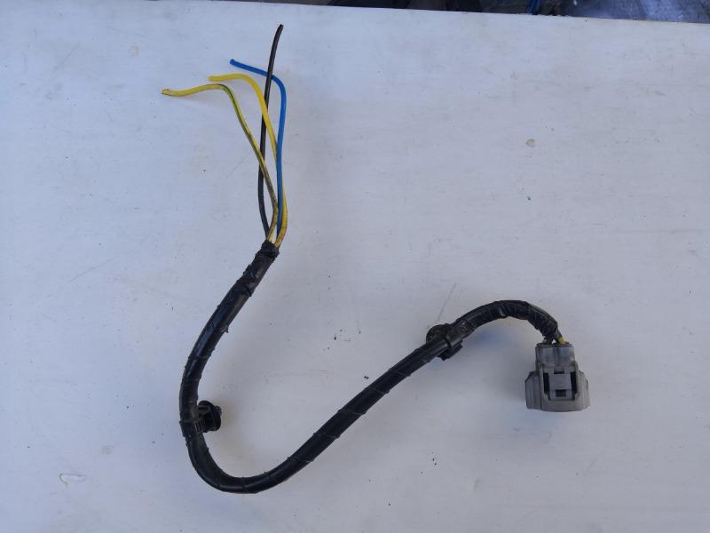 Разъем диффузора радиатора Mazda Atenza GH