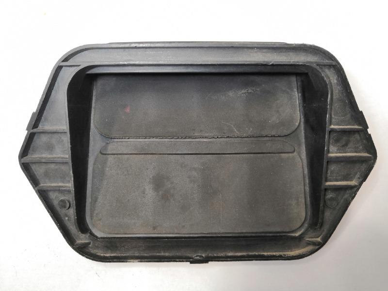Решетка вентиляционная Mazda 323 BJ