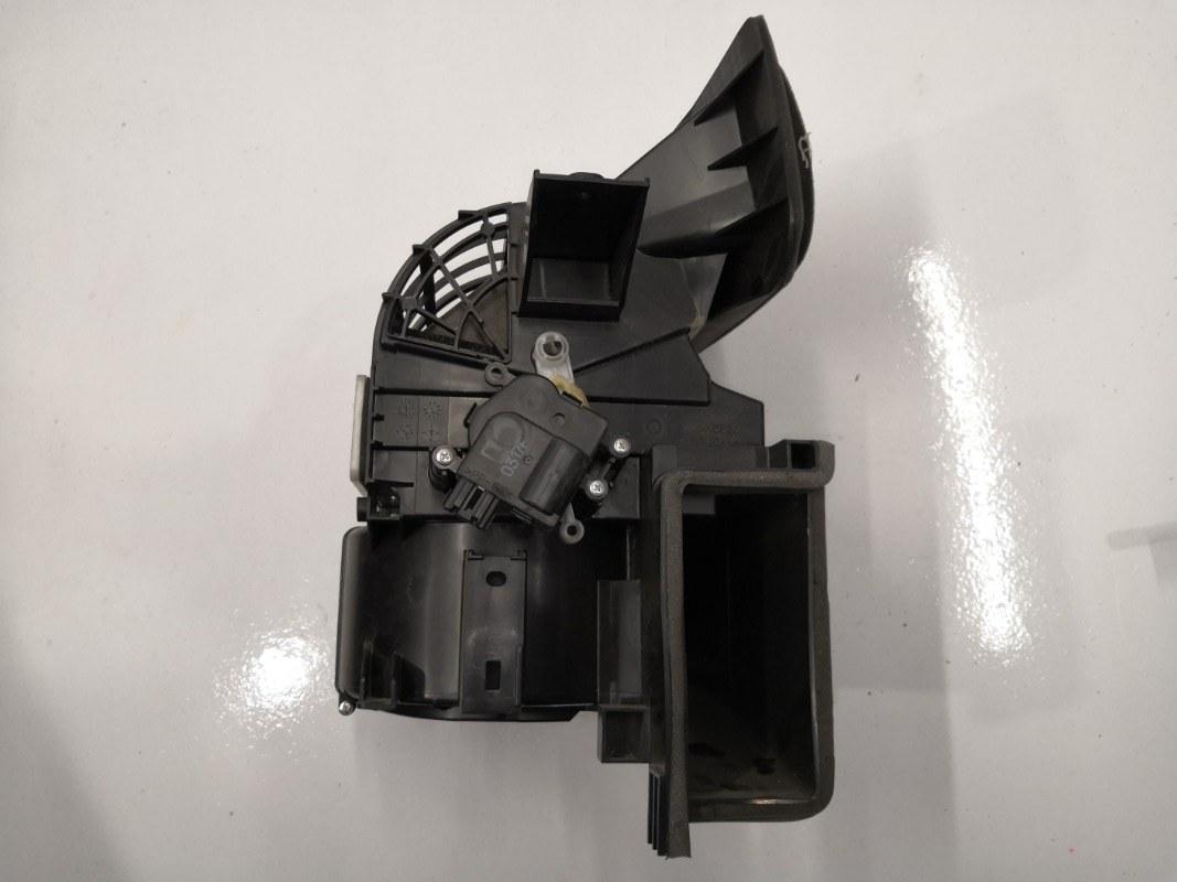 Мотор заслонки отопителя Mazda Mazda6 GH